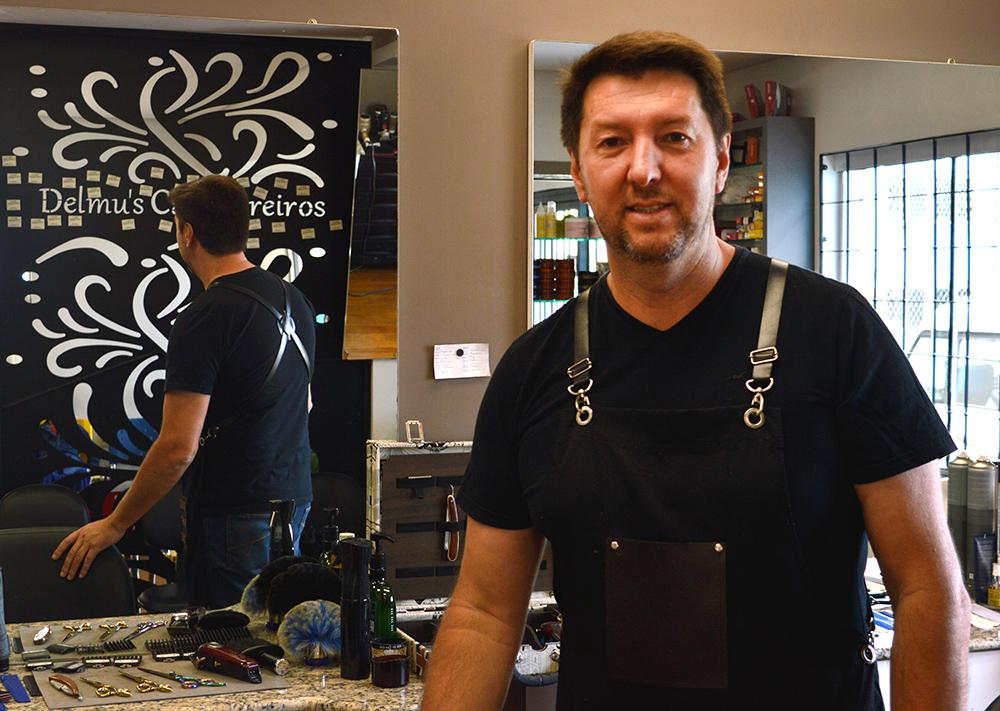 Delmo Longui, Delmo´s, cabelereiro Vacaria